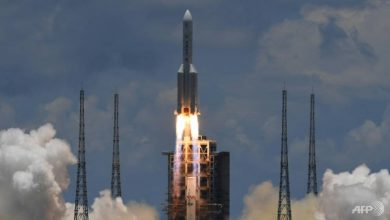Photo of China launches Mars probe in space race with US