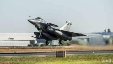 Photo of India uses arrival of new fighter jets to warn China
