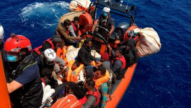 Photo of Migrants Adrift Off Malta Called for Help. Then They Waited. And Waited.