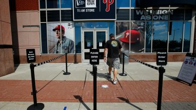 Photo of Phillies-Blue Jays Games Postponed After 2 Staff Members Test Positive