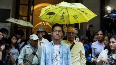 Photo of Activist Nathan Law flees Hong Kong as protest slogan outlawed