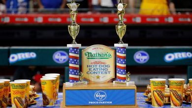 Photo of Joey Chestnut, Miki Sudo win Nathan's hot dog eating contest