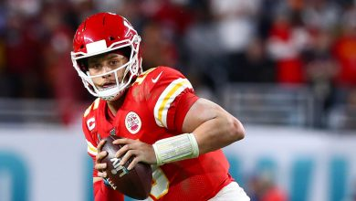 Photo of Patrick Mahomes contract: Chiefs agree to record 10-year extension