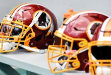Photo of Washington football team to retire name Monday, still undecided on new name
