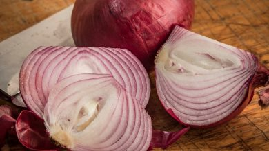 Photo of Red Onions Linked to Salmonella Outbreak, Officials Say