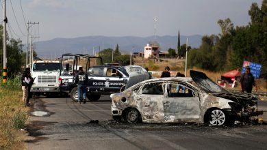 Photo of Mexico Seizes Crime Boss El Marro, Under Pressure to Cut Violence