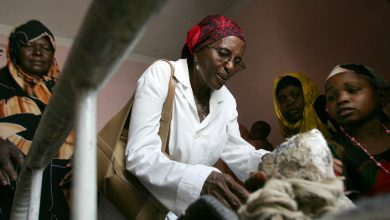 Photo of Hawa Abdi, Doctor Who Aided Thousands in Somalia, Dies at 73