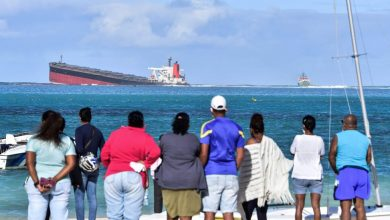 Photo of Mauritius Faces Environmental Crisis as Oil Spills From Grounded Ship