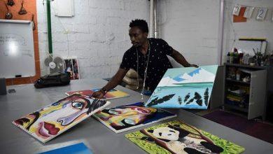 Photo of Photos: Congolese refugee artist seeks niche in Greece