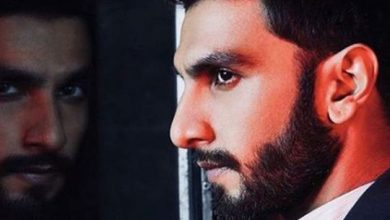 Photo of Bollywood actor Ranveer Singh is in a black mood