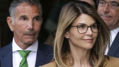 Photo of Lori Loughlin gets prison time in college bribery plot