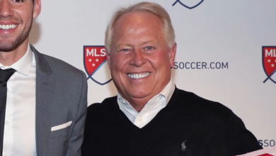 Photo of Dell Loy Hansen to sell Real Salt Lake, Utah Royals