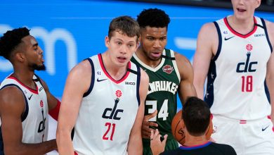 Photo of Giannis Antetokounmpo suspended one game for headbutt