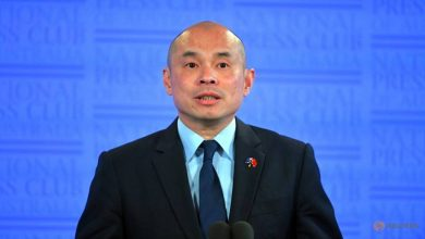 Photo of China warns of 'shadow' over ties with Australia, tells it to stop 'whining'