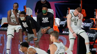 Photo of Basketball and Social Justice: Bucks Admit 'It's Harder to Do Both'