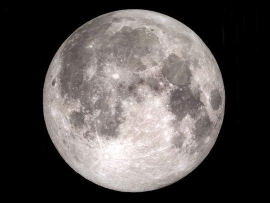 Last moon of the decade
