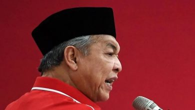 Photo of UMNO to continue backing Muhyiddin's government, will not work with PKR and DAP: Ahmad Zahid