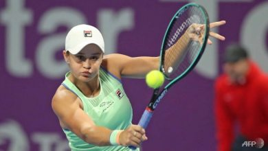 Photo of Tennis world Number 1 Barty aces Australian golf tournament