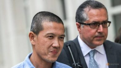 Photo of Ex-Goldman Sachs banker seeks review of 1MDB charges in Malaysia