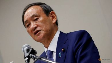 Photo of Japan PM contender Suga suggests overhaul of health ministry