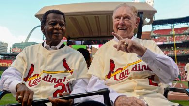 Photo of Cardinals legend and Hall of Famer Lou Brock passes away at 81