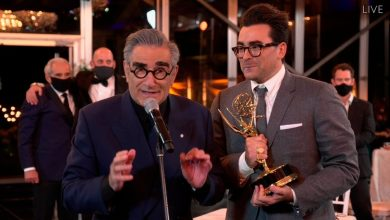 Photo of Canadians Rejoice as 'Schitt's Creek' Sweeps Emmy Awards