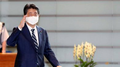 Photo of Former Japan PM Abe visits Yasukuni Shrine for war dead