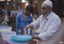 Photo of How Chinese fried noodles by a Muslim hawker became a hit in India's biggest slum