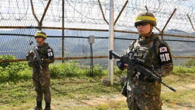 Photo of South Korea police arrest defector trying to cross back to North Korea