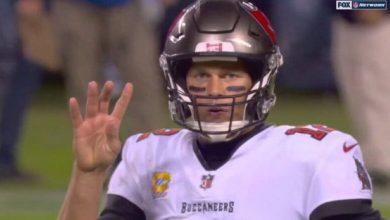 Photo of Did Tom Brady Forget It Was Fourth Down?