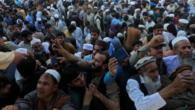 Photo of Afghans seeking medical care in Pakistan are killed in a stampede.