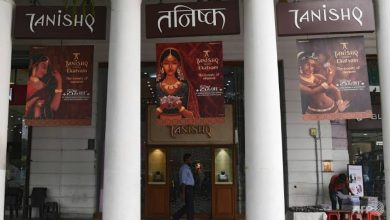 Photo of Indian jewellery chain withdraws ad after outrage by Hindu hardliners