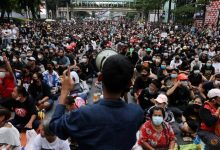 Photo of Thai opposition tells PM to resign at parliamentary debate about protests