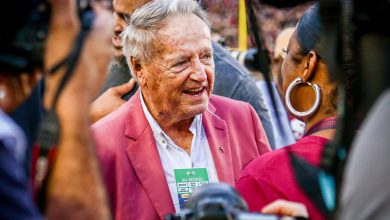 Photo of Bobby Bowden says he's improving after contracting COVID-19