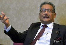 Photo of Former Malaysian attorney-general Mohamed Apandi takes legal action over 2018 termination