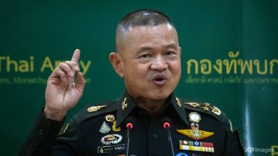 Photo of New Thai army commander defends monarchy with softer line