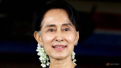 Photo of Aung San Suu Kyi's party wins enough seats to form Myanmar's next government