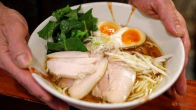 Photo of Japan's ramen bars struggle to stay open as COVID-19 hammers small firms