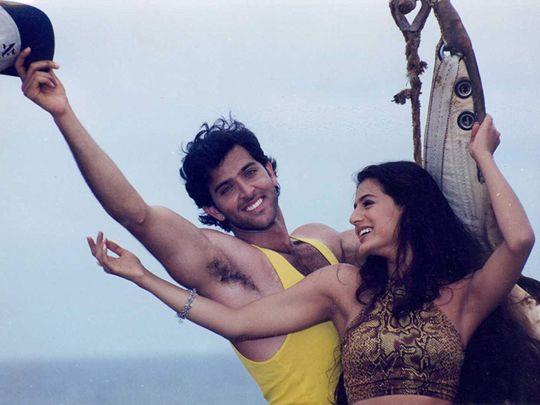 Hrithik Roshan and Ameesha Patel in Kaho Naa... Pyaar Hai (2000)-1584444400777