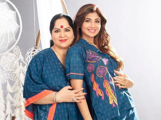 Shilpa Shetty with her mother Sunanda